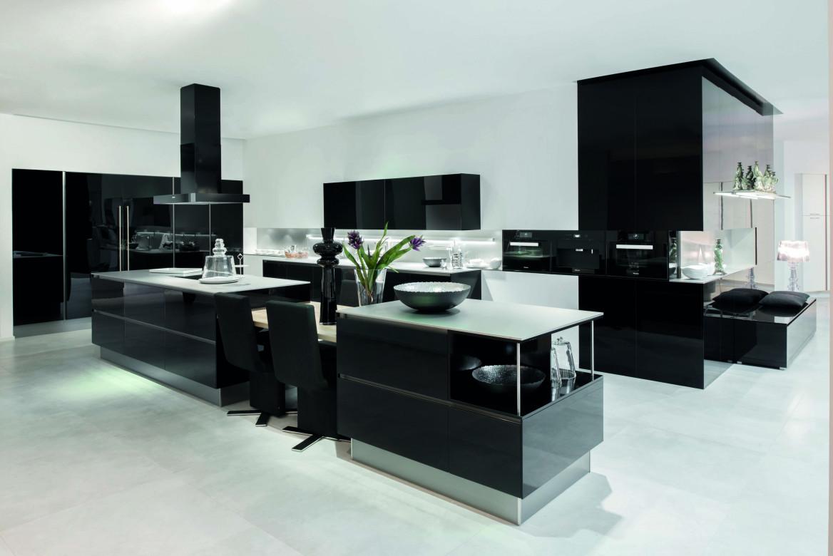 Moderne Küche: Black Edition