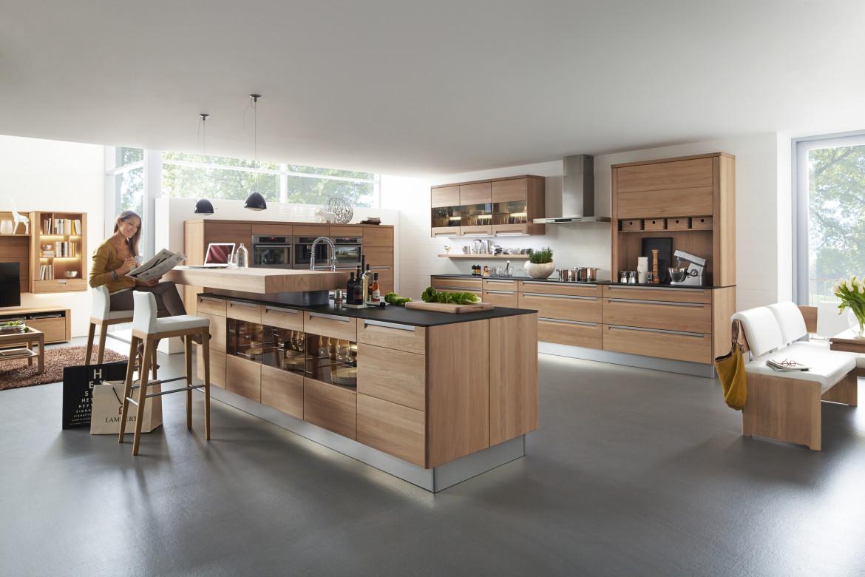 Moderne Massivholz-Küche