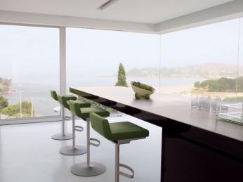 Moderner Look: Elegeante Küche