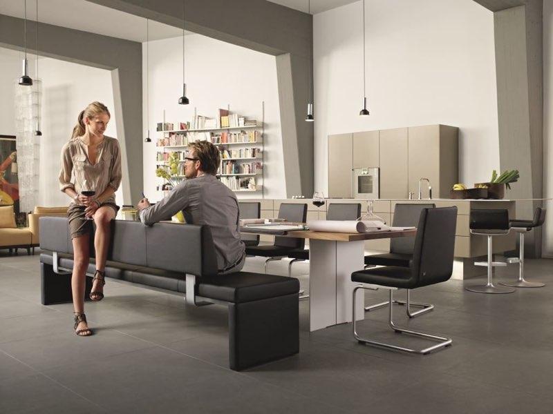 Moderne Möbel für Loft-Wohnung