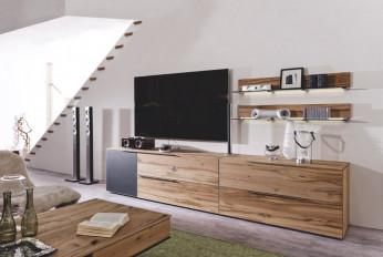 Modernes Wohnzimmer: Voglauer V-Alpin