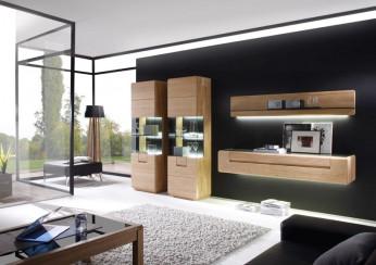 Moderne Massivholzwohnwand aus einer Kollektion von DECKER