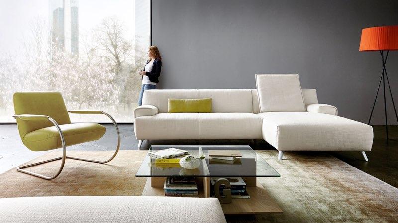 Junges Wohnen. Modernes Sofa: KOINOR Gulliver.