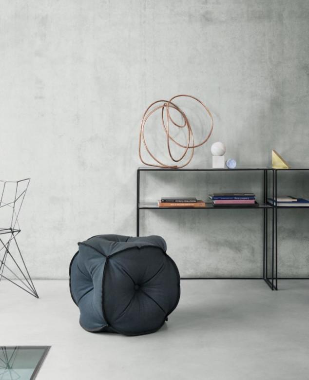 stilvoller sitzw rfel. Black Bedroom Furniture Sets. Home Design Ideas